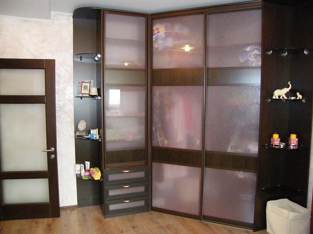 Угловые шкафы-купе - 100 фото шкафов в спальню, прихожую, го.